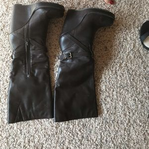 Guess boot Wedge heel